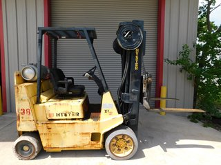 "Hyster LP Gas Propane Forklift S80, 8000# Capacity 3 Stage 42"" Forks #138"